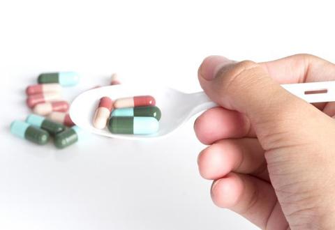 避免超级病菌的产生 有需要才服抗生素